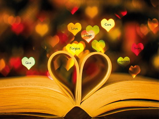 Book-heart / Shop of little joys